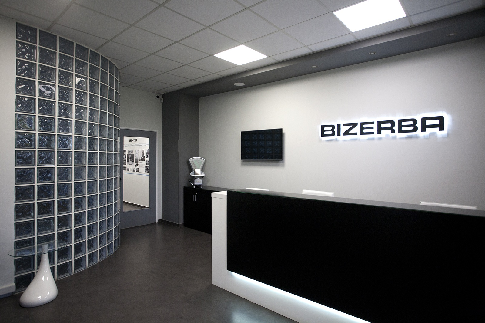 Bizerba Hellas office & showroom interior design