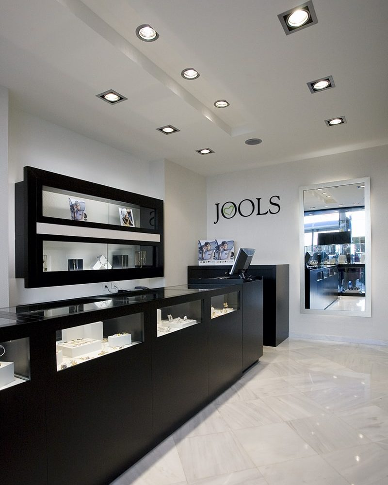Jools. Nea Smyrni, Athens. Designed by Stirixis. Photo by Cathy Cunliffe